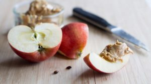apple-slices-with-nut-butter-1170x650